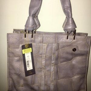 NWT - TRE VERO 🐊 croc print bucket style purse 👜